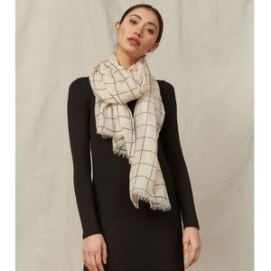 🆕Rachel Pally Checkered scarf or wrap!